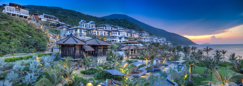 IC-Danang-Sun-Peninsula-Resort-Panorama